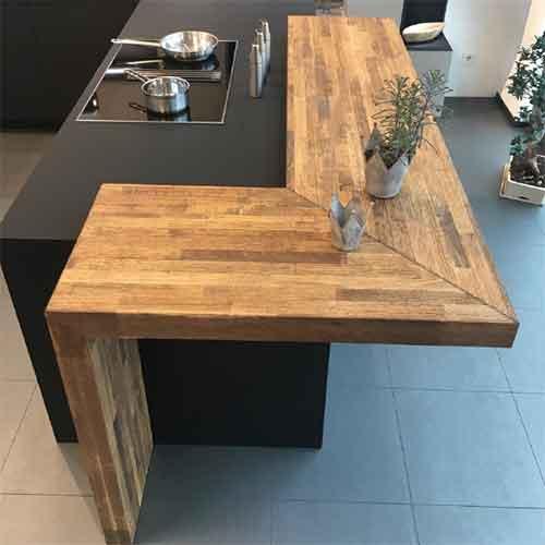 Echtholz Tresen bei Küchen-Schreiner-Meier